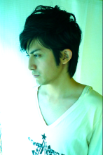 イケメン 横顔の魅力!|La Poursuite  〜Hair Design〜     東京・自由が丘のメンズヘアスタイル