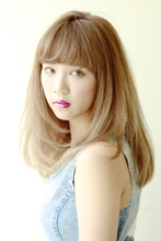 カジュアルにオシャレ☆小顔シルエットのSWEETセミディ♪|ACQUA tuaのヘアスタイル