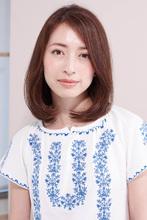 素髪感覚の髪質を取り戻したAラインフォルムのツヤヘア|AFLOAT D'Lのヘアスタイル