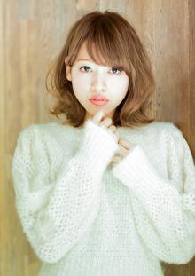 ふんわり柔らか!ミディアムボブスタイル|AFLOAT JAPANのヘアスタイル