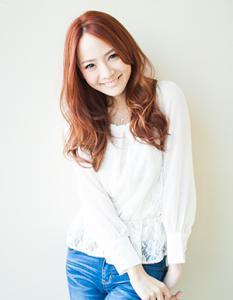 ゆるめのカールが可愛い!ロングウェーブスタイル|AFLOAT JAPANのヘアスタイル