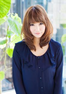 ワンカール内巻きミディアム|AFLOAT JAPANのヘアスタイル