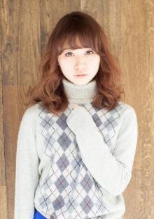 ボリューム感が可愛い☆ふわふわミディ|AFLOAT JAPANのヘアスタイル