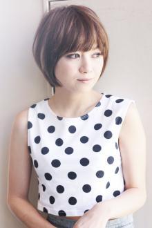 愛されカットで作るふんわり小顔ショート|AFLOAT JAPANのヘアスタイル