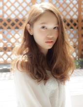 フェミニンロングウェーブ AFLOAT JAPAN 矢ケ崎 健のヘアスタイル