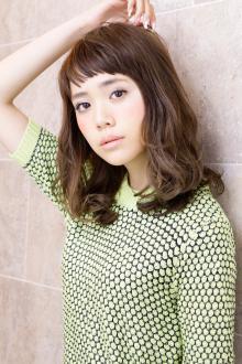Aラインシルエットのニュアンスカールで新鮮なデザインを楽しむ|AFLOAT JAPANのヘアスタイル