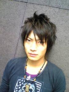 ショートウルフ AFLOAT JAPANのヘアスタイル