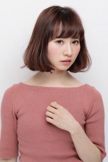 ふんわりシルエットでツヤ感を重視したナチュラルなAラインボブ|AFLOAT JAPANのヘアスタイル