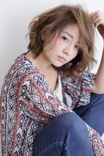 エアリータッチで柔らかい質感に生まれ変わったフェミニンボブ|AFLOAT JAPANのヘアスタイル