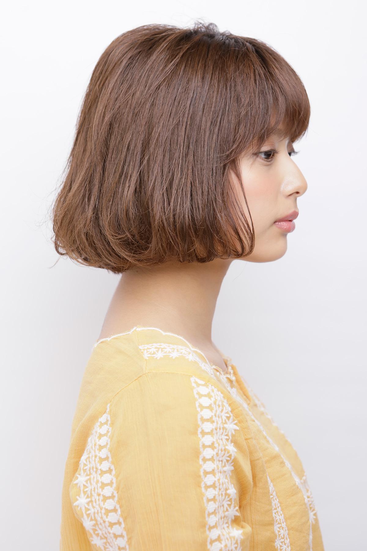 柔らかい丸みの質感カールが可愛い毛先内巻きのシフォンボブ