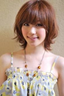 外はねミディー|AFLOAT JAPANのヘアスタイル