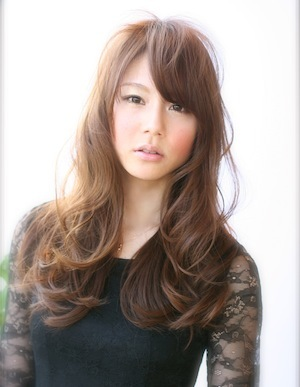 大人ロングヘアー | 栄・錦・泉・東桜・新栄の美容室 AFLOAT NAGOYAのヘアスタイル