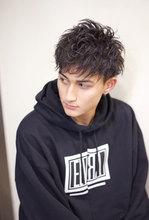 パーマ毛束感ツーブロックショート【N-548】 ALICe by afloatのメンズヘアスタイル