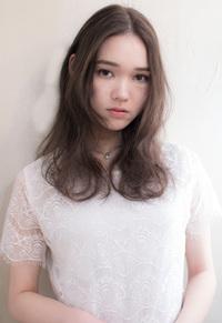 センターパートの外国人風ガーリーロング【シフォンベージュ】U-9