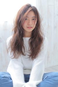 美髪ラフウェーブ スタイル