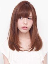 毛先をほんのり内巻きにしたナチュラルなニュアンスストレート|allys hair shinsaibashi OPAのヘアスタイル