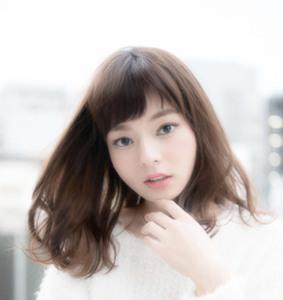 ゆるやかナチュラルウェーブ|ARENA HAIR TOWER 111のヘアスタイル