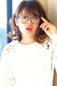 メガネにも似合うスタイル