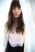 さらっとリラックスウェーブ**|Arouse by afloat 戸井田 望花のヘアスタイル