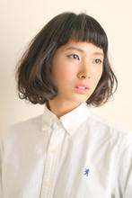 短い前髪と黒髪がベストバランス!|ASSEMBLAGE  心斎橋店 のヘアスタイル