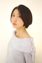 シンプルな大人ショート|B2C梅田のヘアスタイル