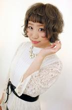 マットグレージュ|B2C梅田のヘアスタイル
