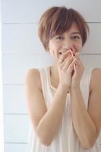 柔らかふんわりショート|Blume COSTAのヘアスタイル