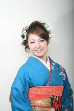 Simple is BEST!!!! 和装プロデュースはおまかせ!【成人式 振袖】|COTY 宝塚のヘアスタイル