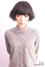 前髪長めのショートスタイル|Dali hair design  ダリ梅田店のヘアスタイル