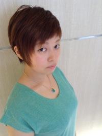 髪型アシンメトリーレイヤー