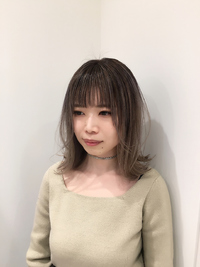 『Euphoria』ホワイトグラデーションカラー 担当黒田