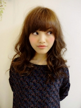 ランダムウェーブのセミディ☆|HACHIのヘアスタイル