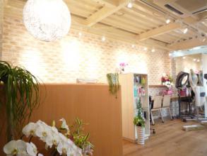 HAIR HYGGE MIYAZAKI - あたたかな心地良い空間がお出迎え。