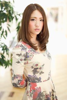 グロッシーなゆるストレート|SIECLE hair&spa 渋谷店のヘアスタイル