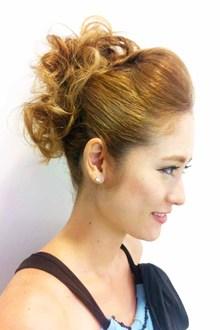ポンパドールフルアップ♪|SIECLE hair&spa 渋谷店のヘアスタイル