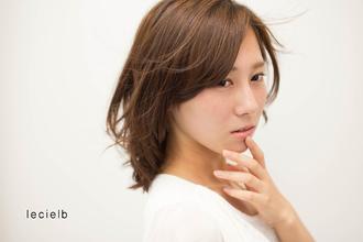 すきとおるような透明感の外国人風クールドアッシュヘアー♪|Le cielbのヘアスタイル