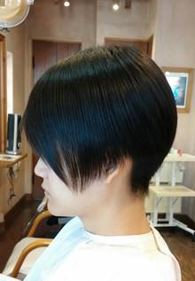 モード系ショートヘア
