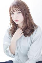 【Maria by afloat】大人カジュアルセミロングウエーブ♪|Maria by afloatのヘアスタイル