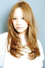 ツヤ感抜群☆髪へのダメージも少ないハーブカラー