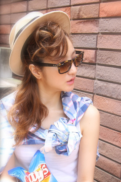 ポップなヘアアレンジに帽子やサングラスで髪型をさらLETS ENJOY!! | 青山・表参道の美容室 MINX aoyamaのヘアスタイル | Rasysa(らしさ)