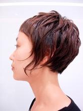ショートカットは個性派な貴方に|RENJISHI AOYAMAのヘアスタイル