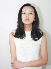 作りこんでいないセミウェット感を演出!!|ROUGE 目白台店のヘアスタイル