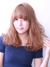 透明感のあるハイトーンカラーで可愛さUP!!|ROUGE mieuxのヘアスタイル