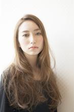 ふんわりナチュラルロング|Hair Atelier DEAR-LOGUE 自由ヶ丘のヘアスタイル