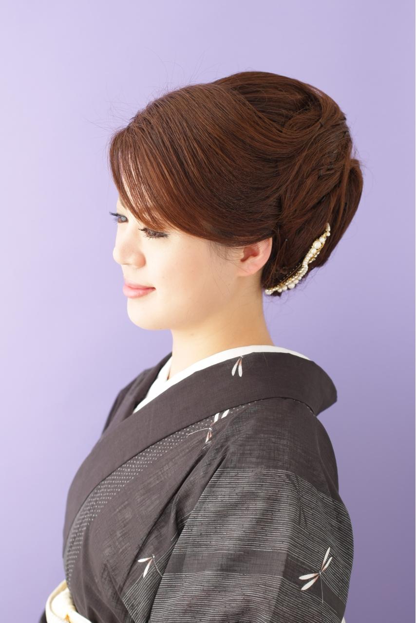 【留袖ヘア】毛流れの綺麗な大人アップスタイル|夢館 ...