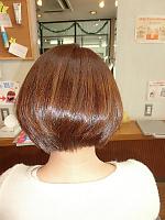前下がりヨーロピアンカラー|Hair Esthete avareのヘアスタイル