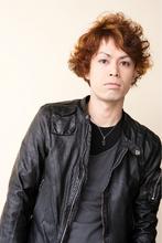 脱草食系男子カール|unpeu hair 本店のメンズヘアスタイル