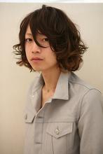 動きと重さのオシャレパーマ|Hair&Make BONDのメンズヘアスタイル