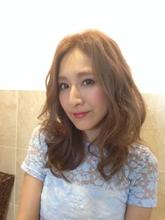 外国人風×大人パーマ×透明感カラー AnFye for prcoのヘアスタイル