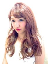 外国人風《ピンクアッシュ》×ランダムカール AnFye for prcoのヘアスタイル